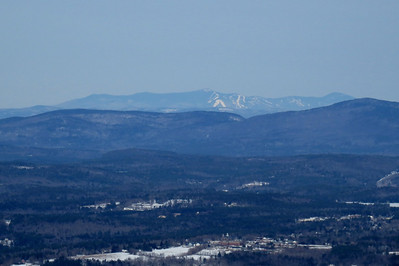 Killington with New London downtown