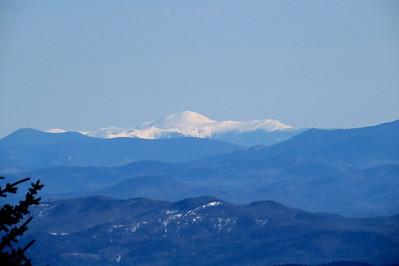 Carrigan, Presis and Jennings Peak, Mt Kancamagus can be seen below Washington