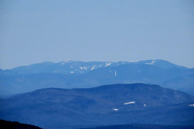 Twins, a white Guyot and the Bonds in back, Scar Ridge closer, and Plymouth Mtn in front