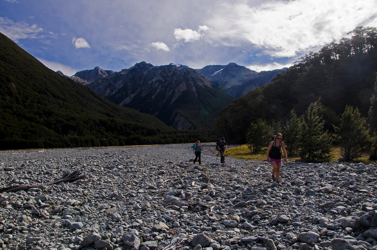 Riverbed strolling in the Waimak