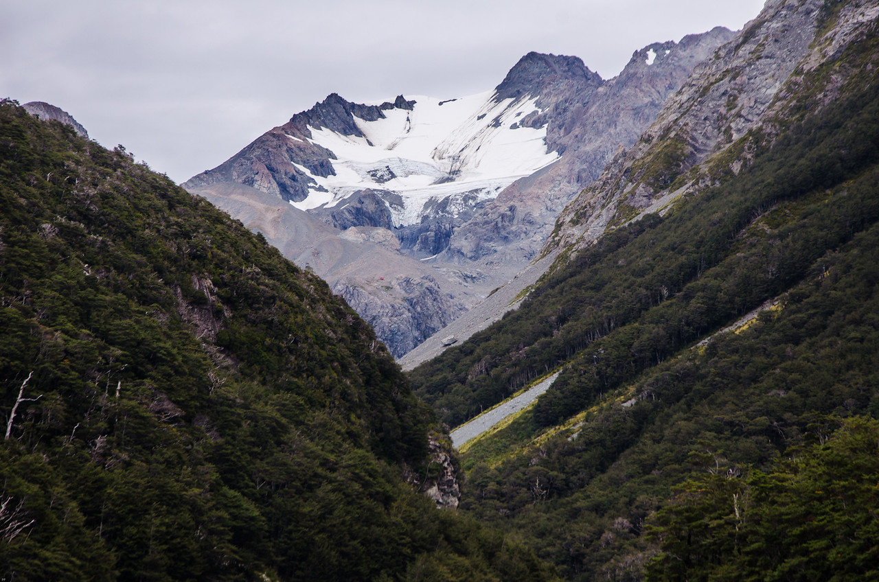 Mt Murchison at the head of the White River Valley.  Barker Hut is the little red dot perched above the cliffs just left of center in the image.