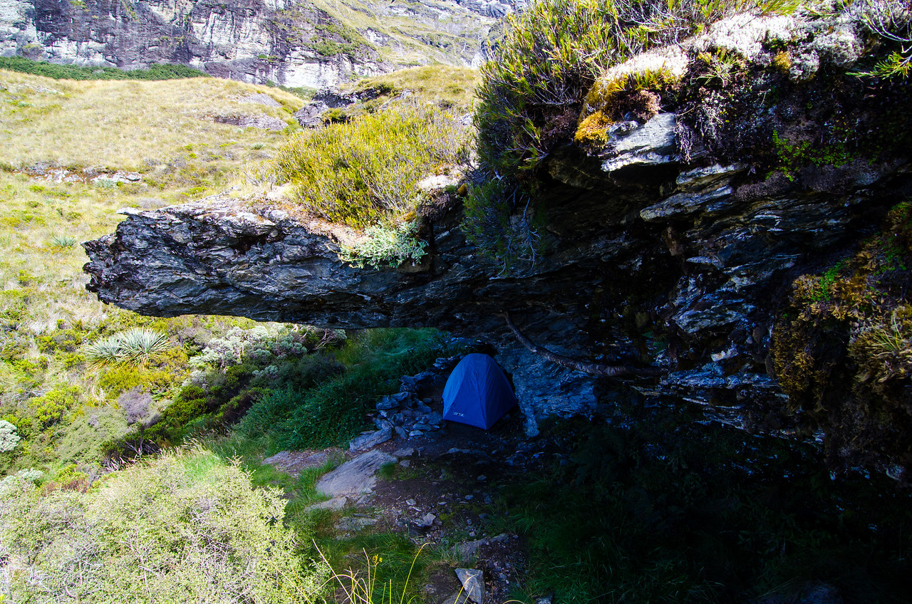 Plenty of room for the little blue tent, ideal for me given my lack of bivvy gear