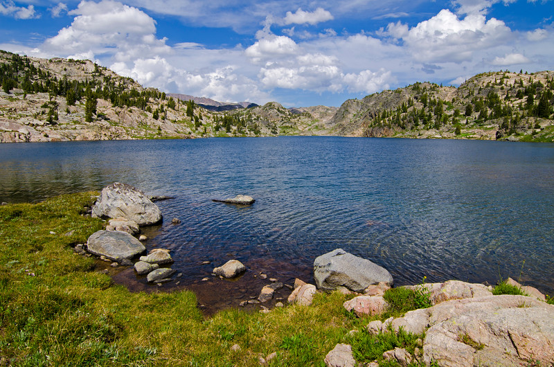 After leaving the trail and skirting Molar Lake, I arrived on the shores of Sodalite Lake.