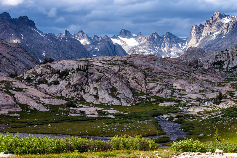 The peaks of Titcomb Basin