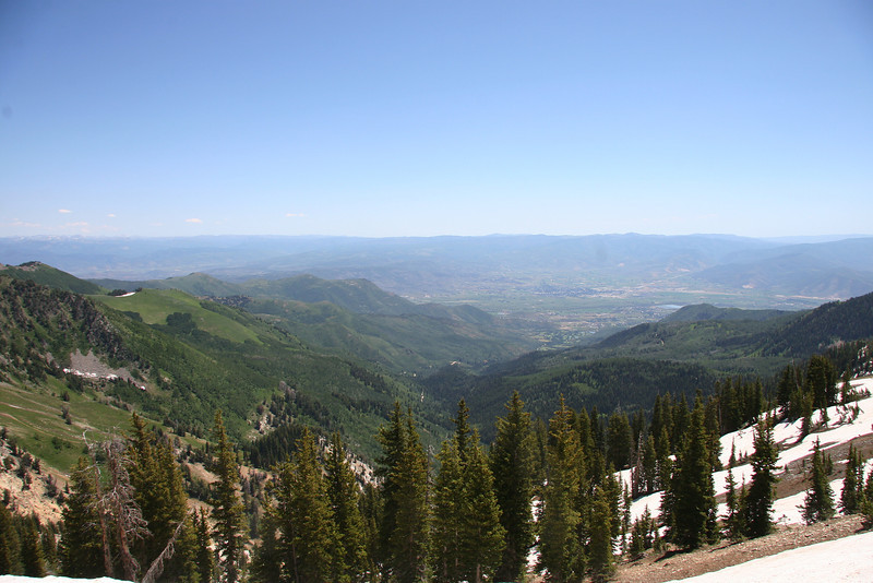 As you hit the peak, Midway and the Heber Valley come into view for the first time. Awesome view...