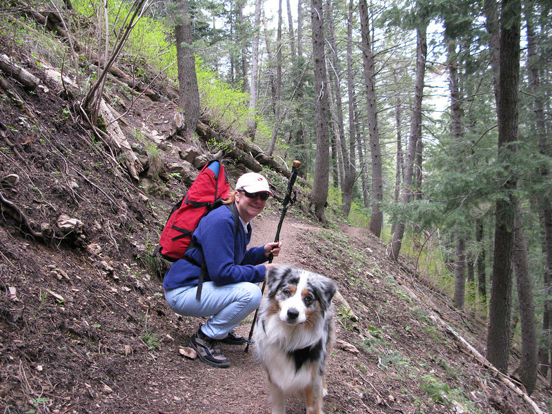 Maizy Mae investigates the camera with Carrie supervising. This taken on the way to the Great Salt Lake overlook, Mill Creek Canyon on the Desolation Trail from Church Fork.