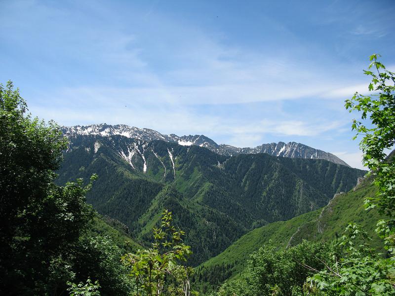 Big Cottonwood Ridgeline, from Millcreek's Grandeur Peak Trail, midway to the peak.