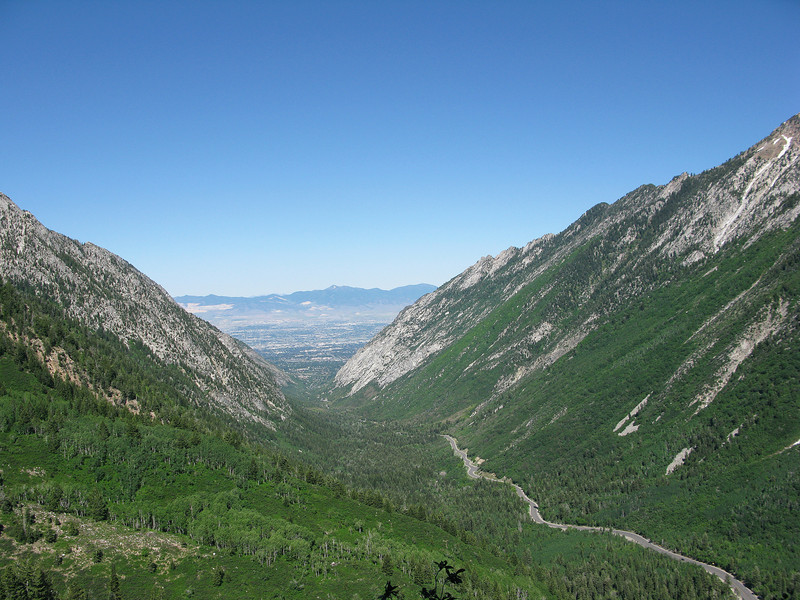Red Pine Trail overlook of Little Cottonwood Canyon. This about maybe two miles up the trail, ez hike.