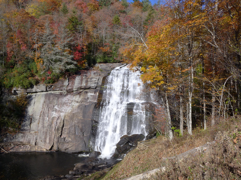 Rainbow Falls (Gorges State Park)