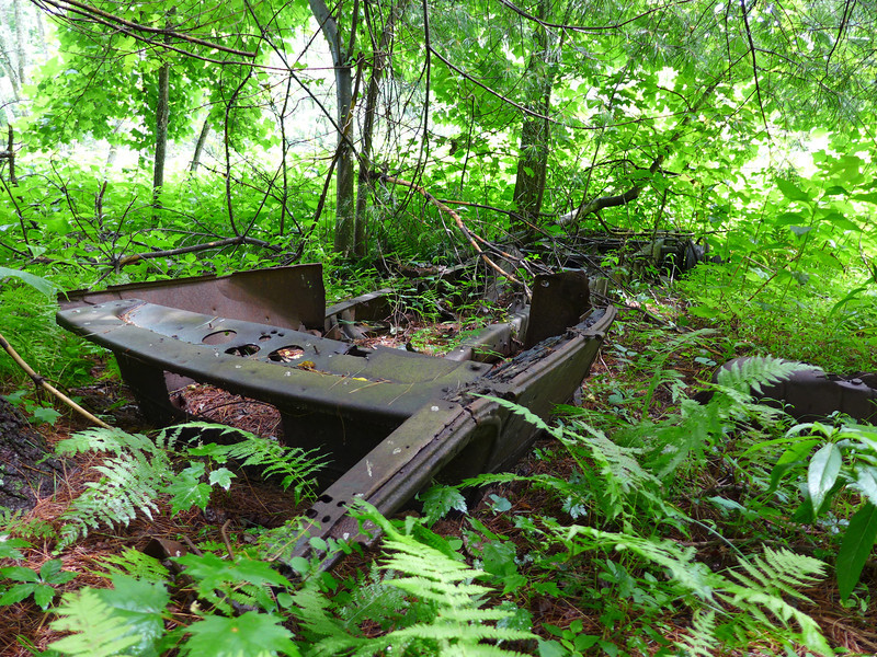 <h1>Flatbed</h1>Probably part of the old truck.