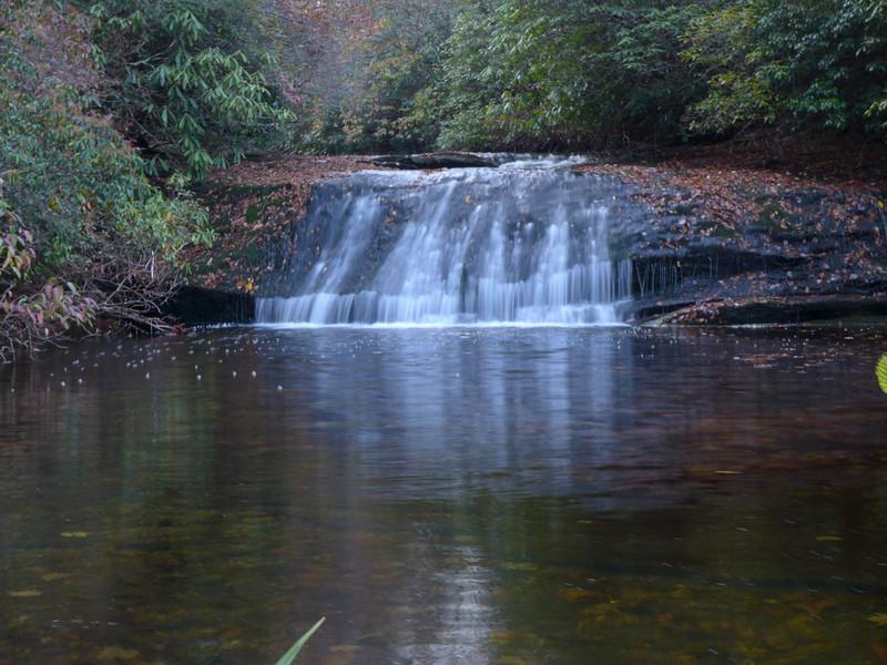 <h1>Mac's Falls</h1>