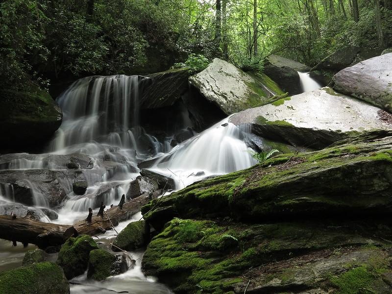 Cascades along Carson Creek
