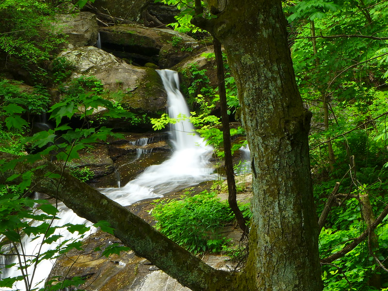 View of the upper drop of Melrose Falls.
