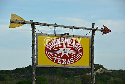 This Way To Luckenbach