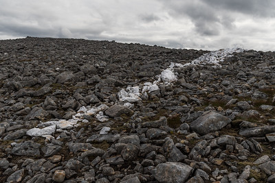 A strip of quartzite on Meall nan Ceapraichean (hill of the stubby hillocks)
