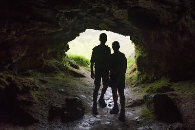 Twee stoutmoedige speleologen