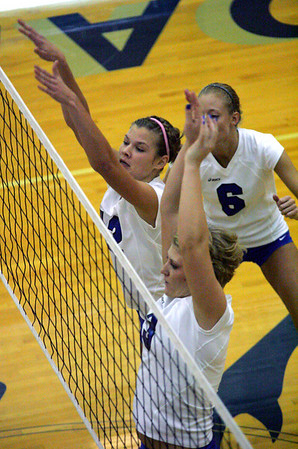 2009 - Charger Volleyball vs Grand Valley