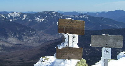 Self Documenting Signs on Mt. Lafayette