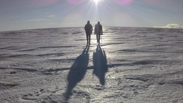 Long shadows on Ben Tirran plateau