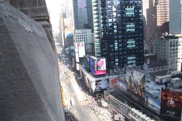 Paramount Building 18th Floor parapet