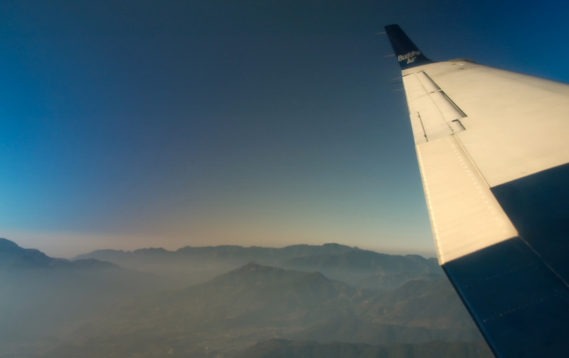 Climbing out of the Kathmandu Valley, 9 December 2007 - 0754 2