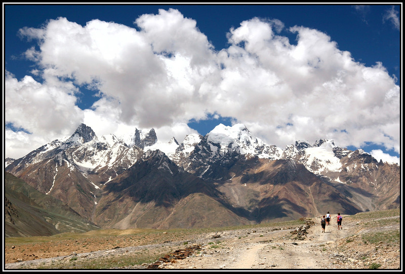 Walking up the Zanskar river valley towards Padum (about a day away)