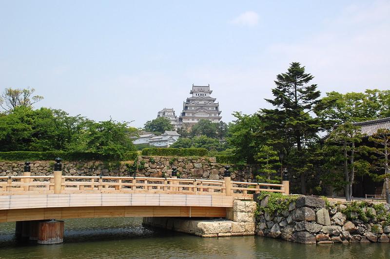 The main entrance of Himeji Castle