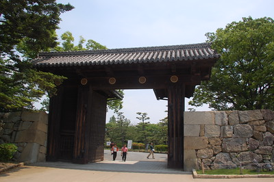 The main entrance of Himeji Castle