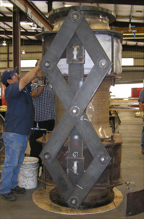 """30"""" Spent Catalyst Standpipe Metallic Expansion Joint with Pentographic Linkage (#87365 - 01/09/2008)"""