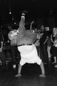BBoy Carlos - Freeze!