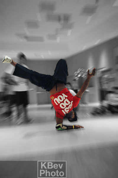 BBoy Ike Fantastik warming up