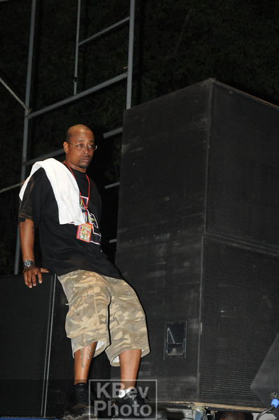"""At one point, Sadat X actually sat down during the show to get some rest.  Then he took off his hat ad had a bottle of water.  5 mins later he was looking for his hat (asking """"where's my hat?"""" in the mic and looking around on/off the stage for it...  It was kinda strange, but """"real"""" )"""