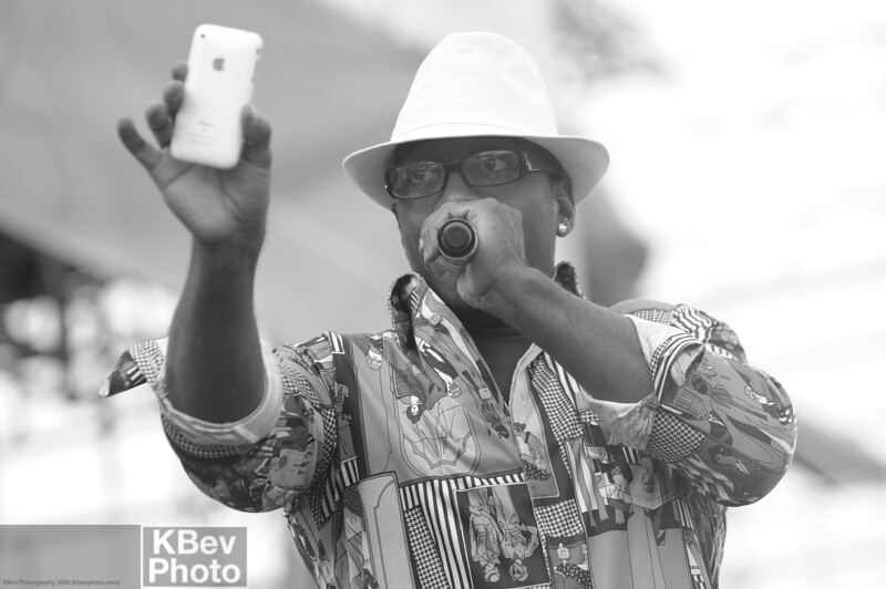 Geech Suede from Camp Lo stopped to take a quick video of the crowd during his own performance... what???