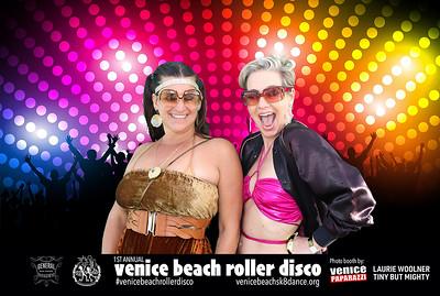 #venicebeachrollerdisco  Photo by VenicePaparazzi.com