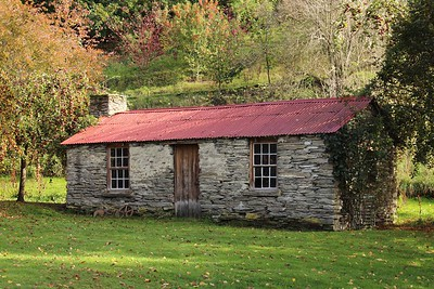 Historic Red Roofed Farm Cottage