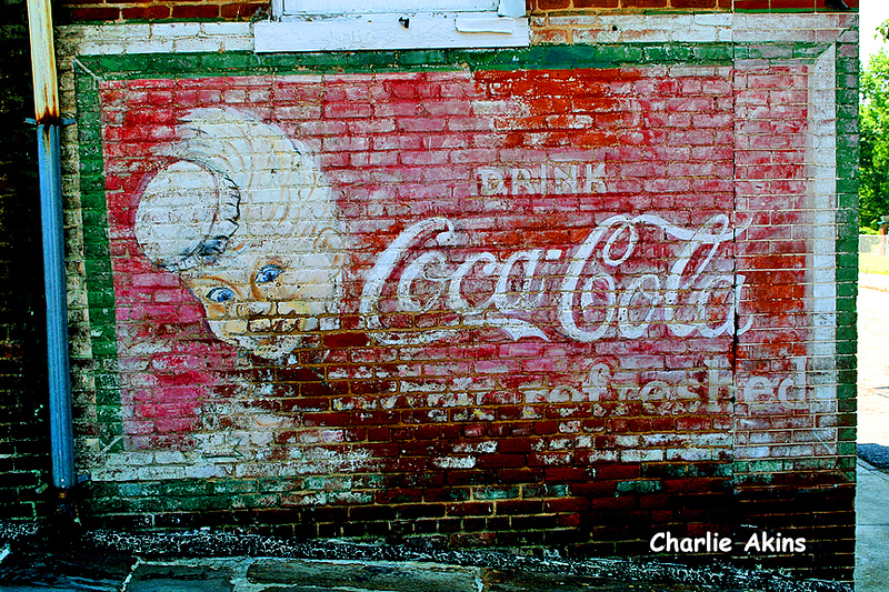 I love this painted sign.