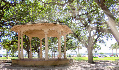 Gazebo at White Point Garden with Sunrays