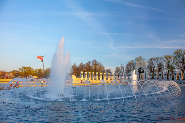 World War II Memorial Fountains Pacific Side with Flags - H7