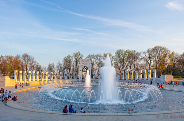 World War II Memorial Fountains Pacific Side Centered - H8