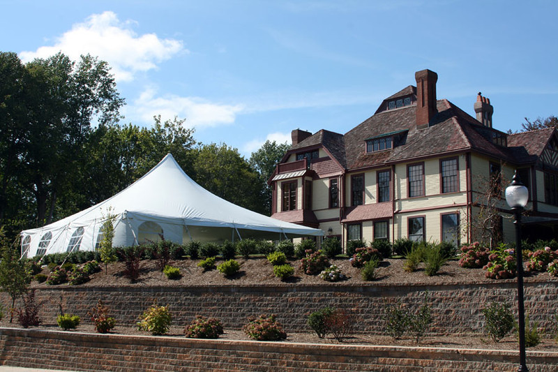 A tented Cape Cod wedding at Highfield Hall