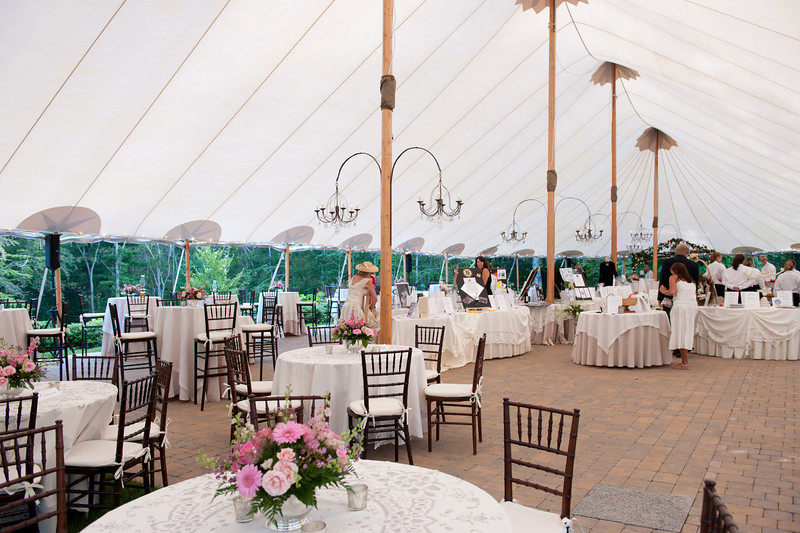 Decorated tent at Historic Highfield hall at a Cape Cod wedding. (Photo by Dianne Marshall Photography)