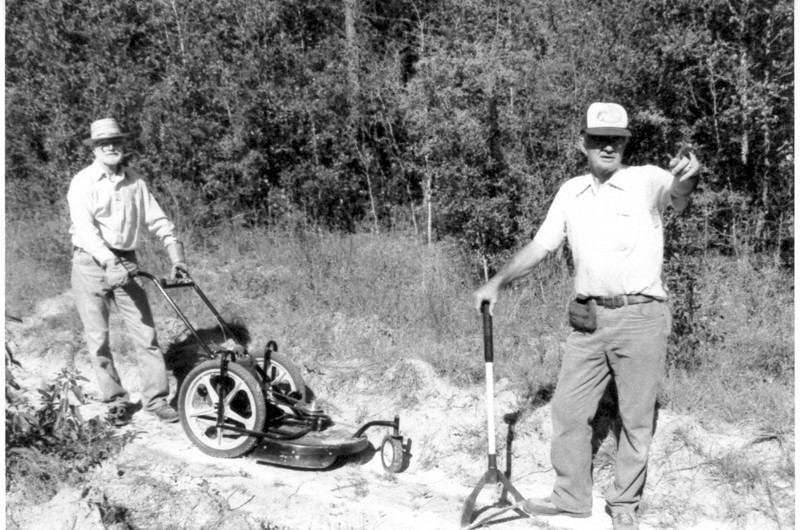 Suwannee Sling & mower Nov 89