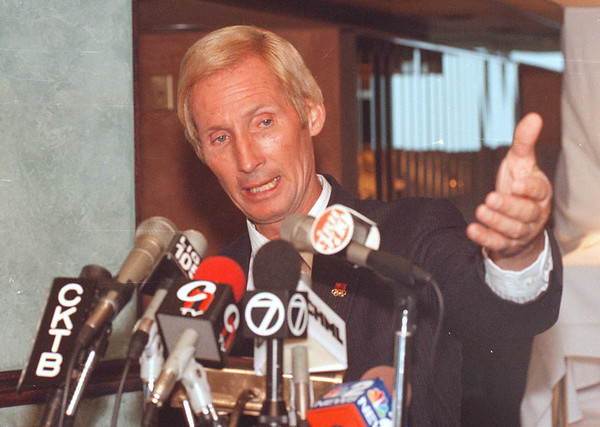 3/14/97 Jay Cochran 2 - James Neiss Photo - Press conferance at Skylon tower announcing his intent to walk between the Skylon and Minolta towers.