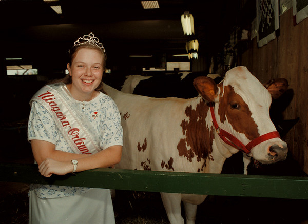 98/08/05 Dairy Princess - James Neiss Photo - Niagara-Orleans Dairy Princess Claudette Walck at the County Fair.