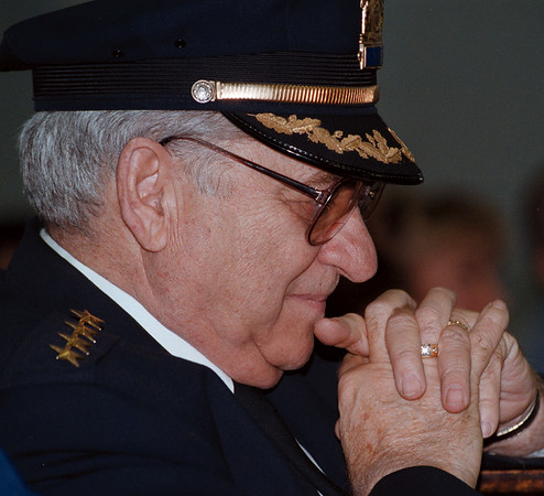 98/10/07 FERA RETIRES--DAN CAPPELLAZZO PHOTO--FORMER NF POLICE CHIEF ANTHONY C. FERA HAS AN EMOTIONAL MOMENT AT HIS RETIREMENT/THE SWEARING IN OF NEW CHIEF PALMER.<br /> <br /> 1A