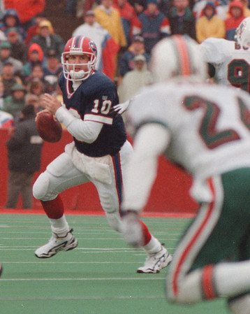 97/11/02 Bills VS Miami - James Neiss Photo - Bills 3rd String QB Alex Van Pelt started in todayÕs game. Here he runs with the ball in the 3rd Qtr.