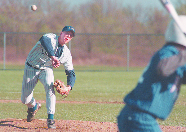 5/20/97-- GI vs Lokpt 2--Takaaki Iwabu photo-- Lockport Kevin Marshall shuts out the last two innings as he relieved ................. .