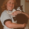 """7/17/97--cat story 2--Takaaki Iwabu photo-- Marion Calandrelli and """"Sammy.""""  --please put this as a secondary photo, if it's possible, because the other art does not show her face well. Thanks."""