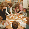 98/02/17--LEWISTON LIBRARY--DAN CAPPELLAZZO PHOTO--JANICE SARGENT, OF LEWISTON, HELPS WITH THE PRE SCHOOL ACTIVITES AT THE LEWSITON LIBRARY. SARGENT HAS TWO KIDS IN THE PROGRAM.<br /> <br /> ECHO