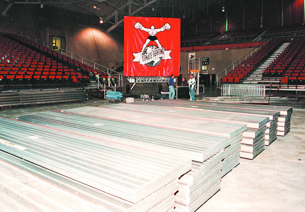 2/6/97--ULTIMATE FIGHTING 2--DAN CAPPELLAZZO PHOTO--SECTIONS OF THE RING, SIT AT THE NFCC FLOOR.  THEY ARE BEING PREPARED TO BE SHIPPED TO ALABAMA WHERE THE CANCELLED FIGHT WILL BE HELD.